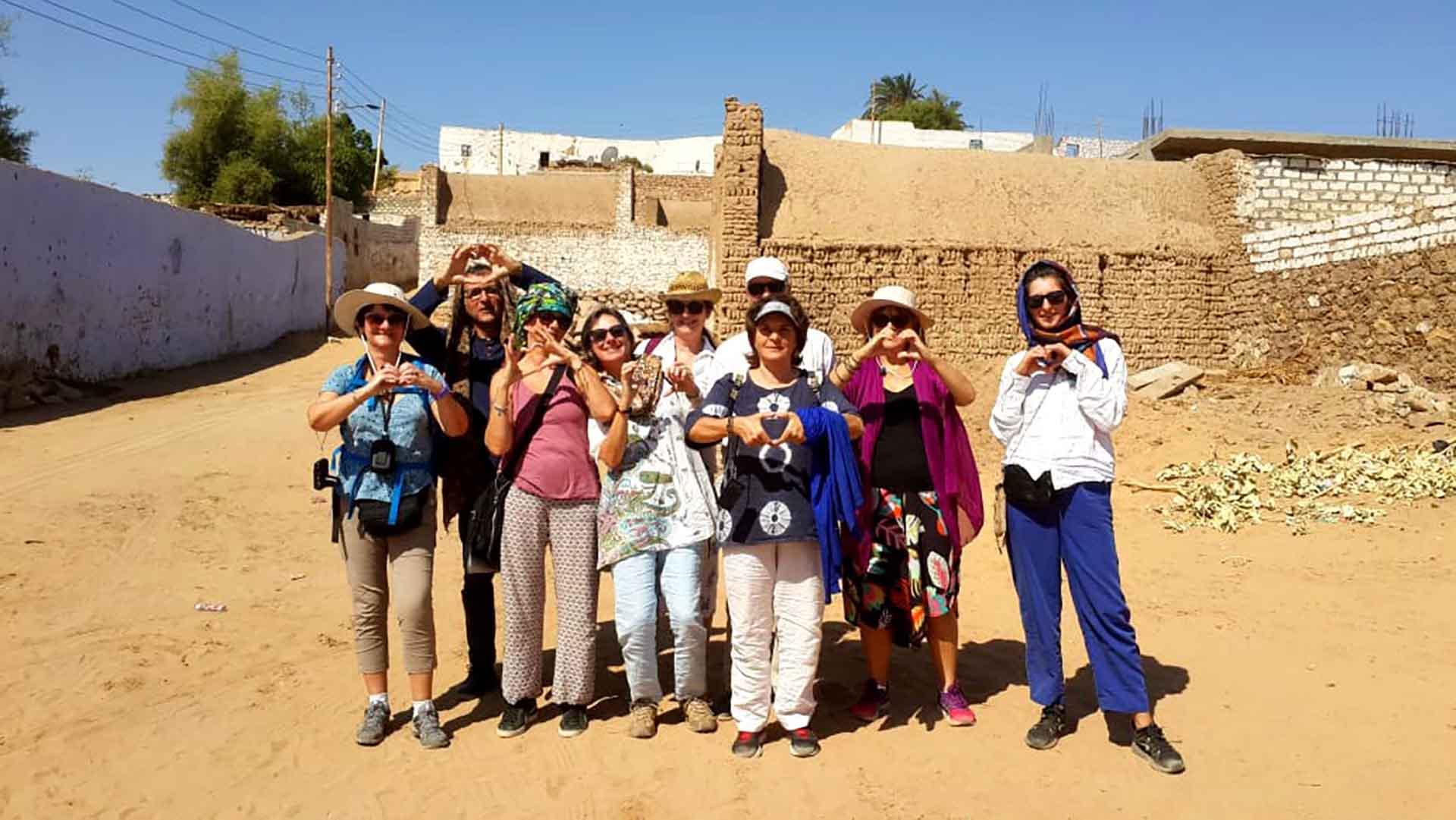 Nous venons de passer un séjour merveilleux en Egypte en croisière Nil en felouque réservée rien que pour nous .